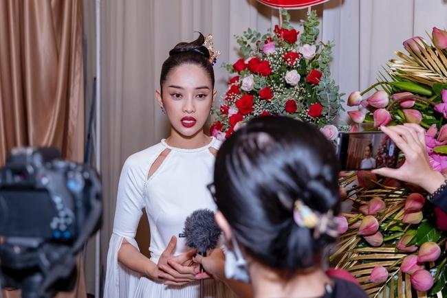"""""""Nàng Kiều"""" lần đầu xuất hiện công khai, nhan sắc yêu kiều nhưng chiếm spotlight lại là """"Hoạn Thư"""" - Cao Thái Hà - Ảnh 5."""