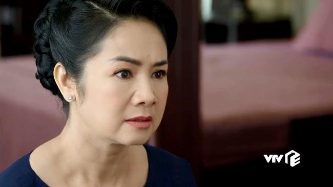 Hướng dương ngược nắng: Xem bà Cúc bị bố chồng thừa nhận chỉ là người dưng nước lã, Quỳnh Kool, Hồng Diễm cũng phẫn nộ ở ngoài đời - Ảnh 2.