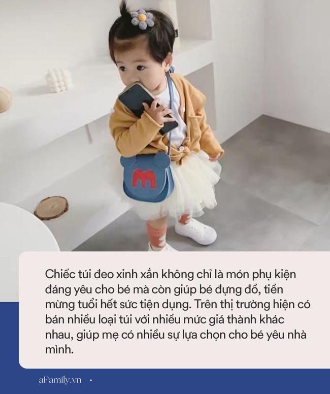 Túi đeo cho bé siêu xinh mà nhiều loại giá rẻ bất ngờ, mẹ sắm cho bé 1 cái đi chơi Tết, đựng tiền mừng tuổi thì quá hợp - Ảnh 2.