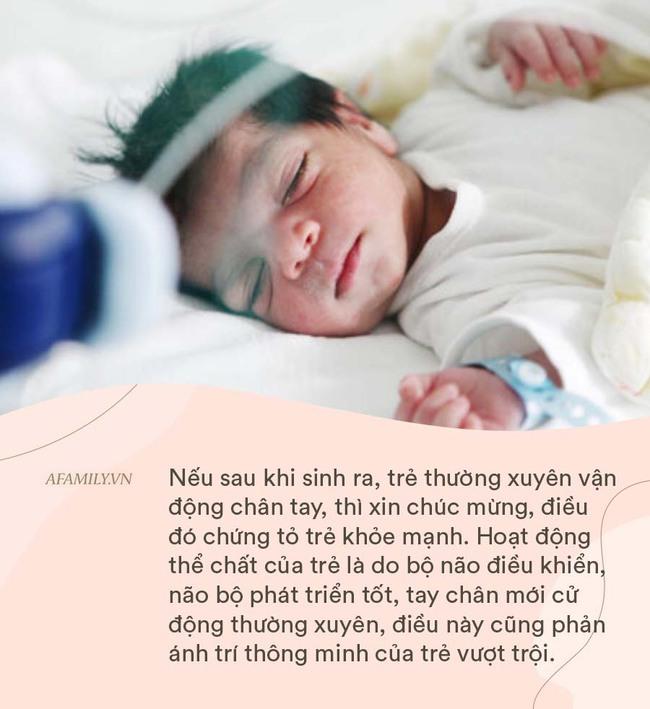 Em bé chào đời có 3 dấu hiệu tốt này, chứng tỏ mẹ là người có công lớn - Ảnh 2.