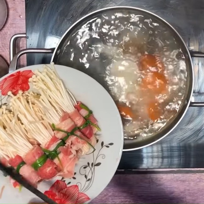 Bữa tối đủ rau, đủ thịt cho hội chị em ăn kiêng: 20 phút vào bếp là no căng!  - Ảnh 6.