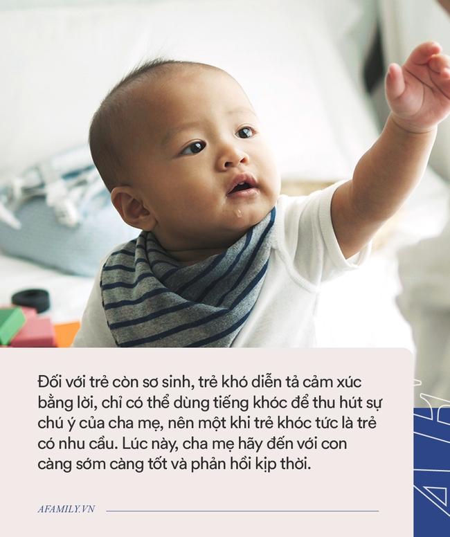 """Nhiều bậc cha mẹ thường nói """"còn khóc thì không ôm, không khóc mới ôm"""", thực sự gây hại cho trẻ - Ảnh 3."""