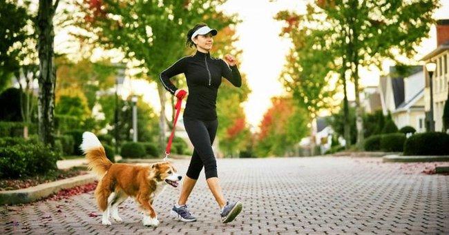 Những người có tuổi thọ ngắn sẽ có 5 biểu hiện này khi đi bộ, nếu bạn không có, xin chúc mừng bạn có thể lực tốt - Ảnh 1.