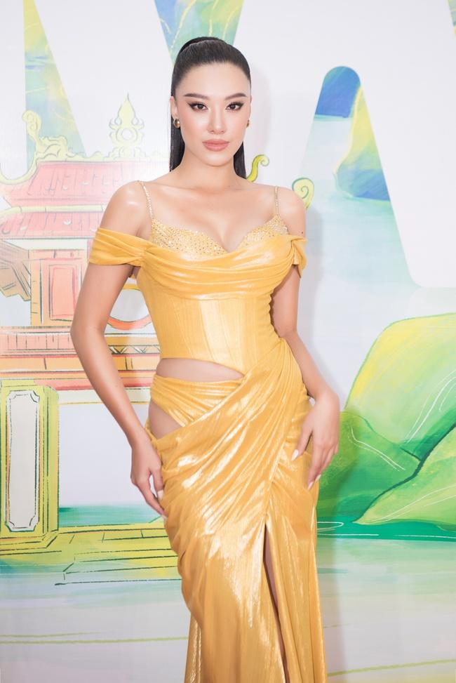 Hoa hậu Khánh Vân ngày càng đẹp, xuất hiện bên Nam Em thân thiết như chị em  - Ảnh 8.