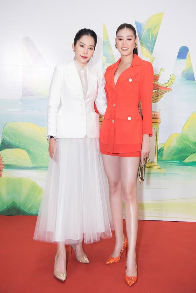 Hoa hậu Khánh Vân ngày càng đẹp, xuất hiện bên Nam Em thân thiết như chị em  - Ảnh 6.