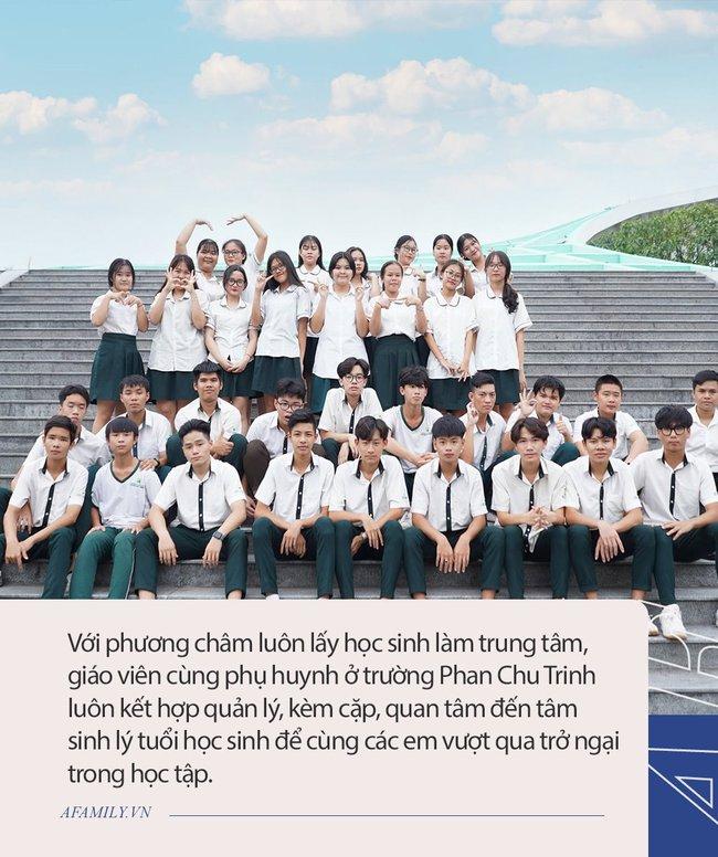"""Ngôi trường """"sát vách"""" TP.HCM nhưng lọt thỏm giữa cánh rừng, kiến trúc chữ S uốn lượn, không hổ danh là 1 trong 10 trường đẹp nhất Việt Nam - Ảnh 9."""