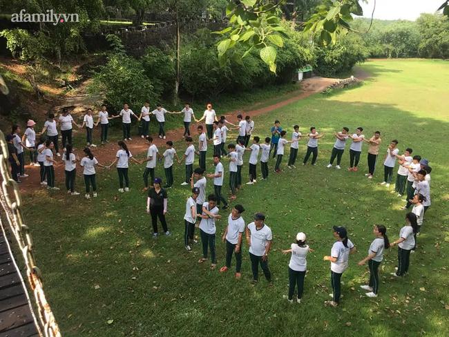 """Ngôi trường """"sát vách"""" Sài Gòn nhưng lọt thỏm giữa cả cánh rừng, đặc biệt nhất là kiến trúc chữ S uốn lượn, không hổ danh là 1 trong 10 trường đẹp nhất Việt Nam - Ảnh 7."""