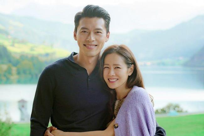 Chuyện tình ngọt ngào say đắm của chàng Thiên Bình Hyun Bin và nàng Ma Kết Son Ye Jin: Dù tính cách trái ngược nhưng luôn có được sự hài hòa, gắn kết - Ảnh 1.