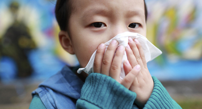 Chuyên gia dinh dưỡng khuyến cáo bố mẹ nên làm việc này để giúp trẻ khỏe mạnh, ít ốm đau hơn trong mùa lạnh  - Ảnh 1.