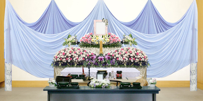 Người Nhật tiễn người đã khuất bằng hoa tươi theo cách cực kỳ lộng lẫy, công ty hoa tang lễ thu hơn nghìn tỷ mỗi năm - Ảnh 5.