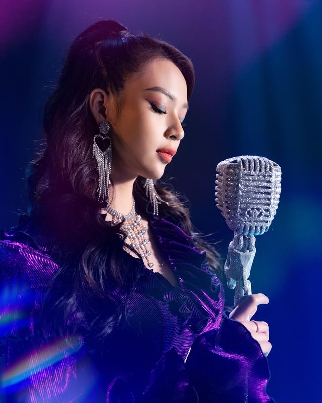 Tuyên bố làm ca sĩ giống Chi Pu, Phí Phương Anh sẵn sàng đối mặt với chuyện bị mắng chửi  - Ảnh 7.