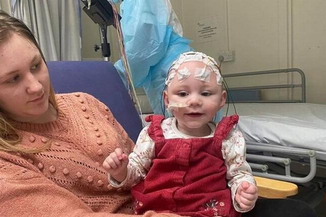 Bà mẹ đau đớn chịu cảnh con không thể đi lại hay nói chuyện, thậm chí bại não vì nhiễm loại virus này khi mang thai - Ảnh 1.