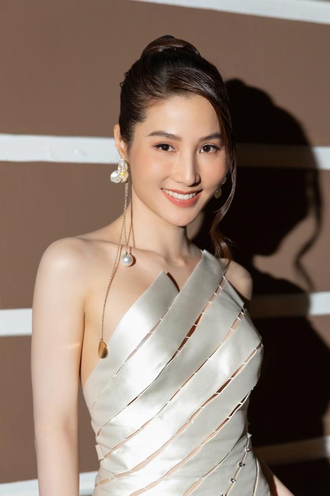 """Diễm My 9x đẹp như nữ thần, giành giải Nữ diễn viên xuất sắc nhất với """"Tình yêu và tham vọng"""" - Ảnh 2."""
