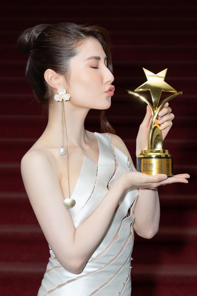"""Diễm My 9x đẹp như nữ thần, giành giải Nữ diễn viên xuất sắc nhất với """"Tình yêu và tham vọng"""" - Ảnh 6."""