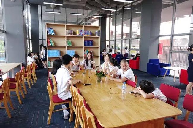 Ngôi trường này có học phí hơn nửa tỷ/năm, chương trình học có gì mà khiến Thủy Tiên không tiếc tiền cho con gái theo học - Ảnh 7.