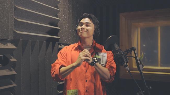 LoR của Rap Việt lần đầu làm cameo, còn rap trong phim Tết cùng với Jun Phạm  - Ảnh 4.