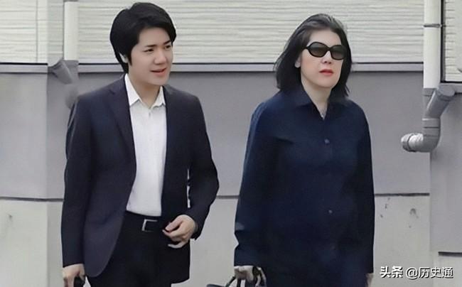 """Bê bối liên tiếp bủa vây vị hôn phu của Công chúa Nhật Bản, hé lộ chân dung """"mẹ chồng"""" khiến cả dư luận lên án - Ảnh 3."""