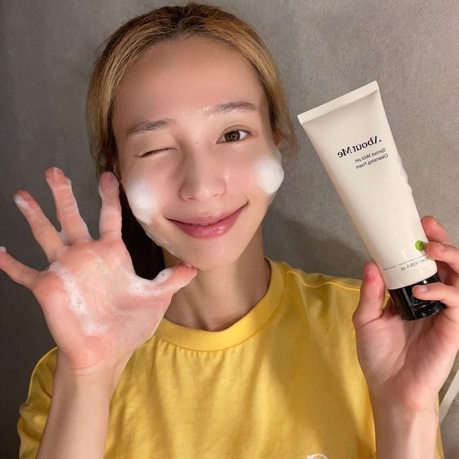 4 mẹo rửa mặt mùa lạnh giúp da không bị khô mà còn căng mịn, khỏe đẹp hơn - Ảnh 4.