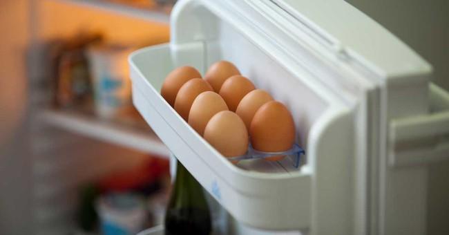 """Bảo quản trứng theo cách này, chị em yên tâm không bị nhiễm khuẩn, chuyên gia chỉ ra """"lỗ hổng"""" khiến ai cũng ngớ người, hóa ra bao lâu nay mình vẫn làm sai - Ảnh 1."""