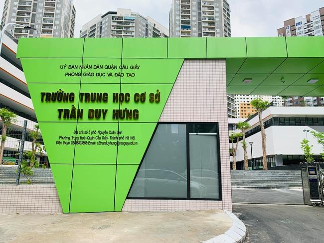Trường cấp 2 ở Hà Nội đang khiến phụ huynh xôn xao: Công lập bình thường nhưng quá đẹp, hoành tráng không thua trường tư  - Ảnh 1.
