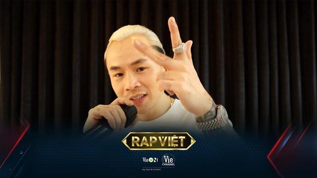 Rap Việt mùa 2: JustaTee hào hứng với diện mạo mới của Trấn Thành, Binz phát hiện sự khác biệt rõ rệt của Karik - Ảnh 1.