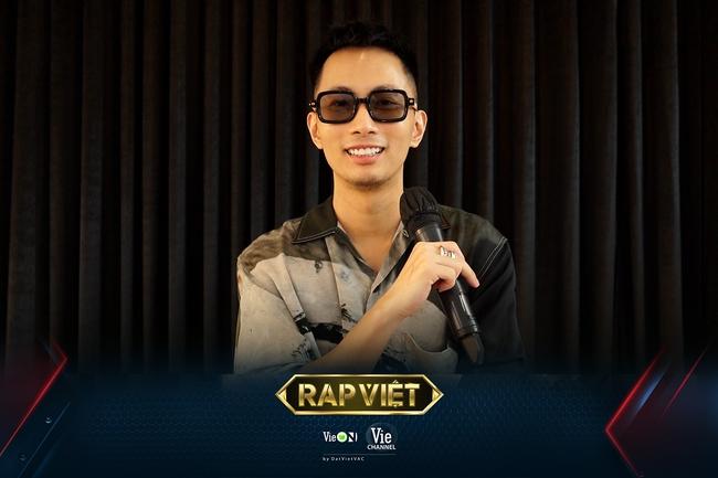 Rap Việt mùa 2: JustaTee hào hứng với diện mạo mới của Trấn Thành, Binz phát hiện sự khác biệt rõ rệt của Karik - Ảnh 4.