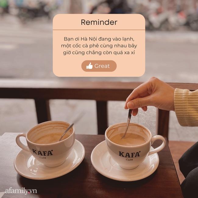 """Ăn phở xong người Hà Nội lại tụ tập cà phê """"lâu lắm rồi mới được tán ngẫu với nhau rôm rả như thế"""" - Ảnh 1."""