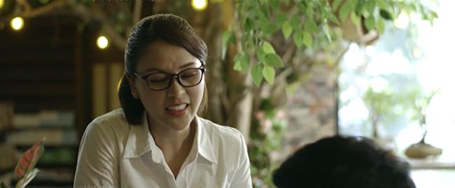 Mặt nạ gương mở màn với vụ án ném xác xuống sông, Lương Thu Trang lộ cảnh tắm trần nóng bỏng - Ảnh 3.