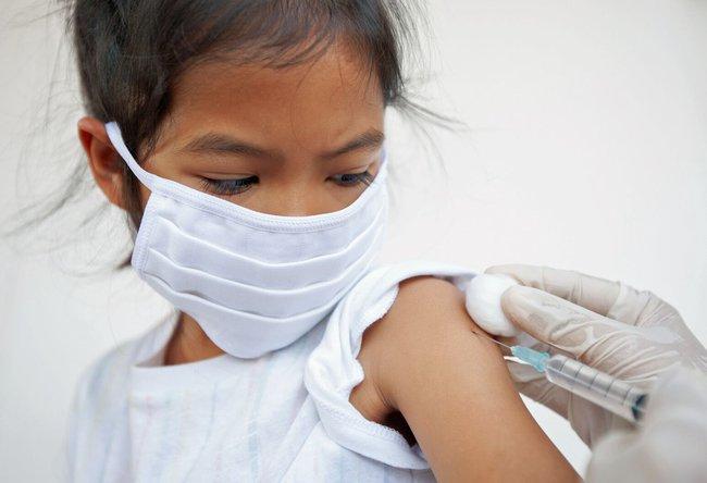 Tiêm phòng vắc-xin Covid-19 cho trẻ em: Tất cả những điều cha mẹ cần biết - Ảnh 4.