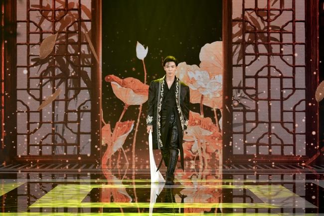 Hồ Ngọc Hà hát nhạc xuân mới, tiếp tục sánh đôi bên Trấn Thành trở thành cặp  MC duyên dáng - Ảnh 9.
