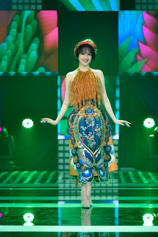 Hồ Ngọc Hà hát nhạc xuân mới, tiếp tục sánh đôi bên Trấn Thành trở thành cặp  MC duyên dáng - Ảnh 7.
