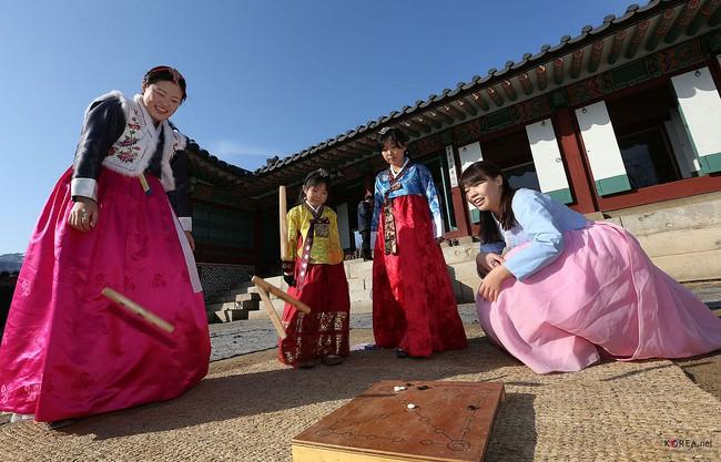 Tết Nguyên Đán tại Hàn Quốc: Giống các nước Á Đông về ý nghĩa nhưng lại khác xa về phong tục và ẩm thực - Ảnh 6.