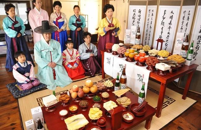 Tết Nguyên Đán tại Hàn Quốc: Giống các nước Á Đông về ý nghĩa nhưng lại khác xa về phong tục và ẩm thực - Ảnh 3.