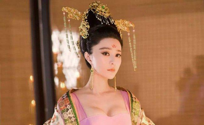Phi tần Trung Hoa không được phép về nhà đón Tết cùng gia đình, vậy họ đã đón năm mới ở hậu cung như thế nào? - Ảnh 1.