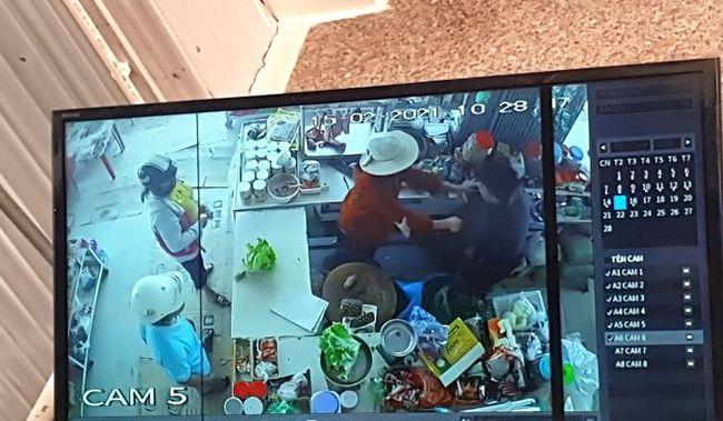 Kinh hoàng: Người đàn ông buổi sáng đi cướp, buổi tối đốt nhà, đâm trọng thương 2 con nhỏ khi được can ngăn - Ảnh 2.