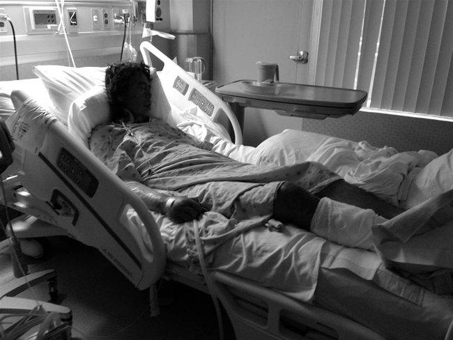 Đi chụp hình người vô gia cư, cô gái mồ côi khóc nghẹn khi phát hiện danh tính người đàn ông rách rưới trong bức ảnh mình vô tình chụp được  - Ảnh 7.