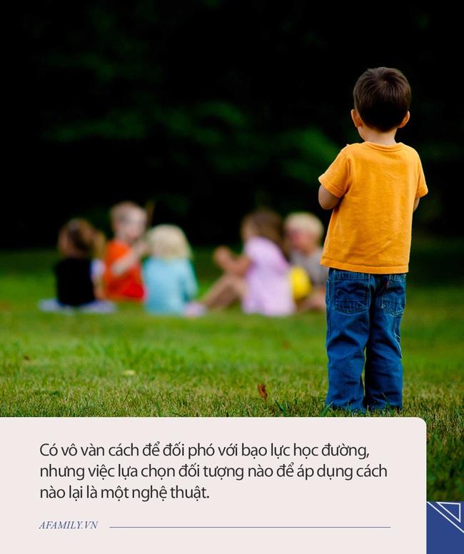 Con gái kể chuyện bị nhóm bạn trong lớp cô lập, cách xử lý ngơn ơ của bà mẹ ở Hà Nội khiến ai nấy đều đồng tình - Ảnh 2.
