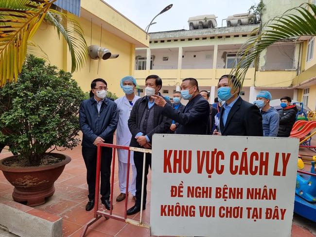 Kiểm soát chặt chẽ người ra, vào Hưng Yên, triển khai hàng loạt biện pháp phòng chống dịch Covid-19 - Ảnh 1.
