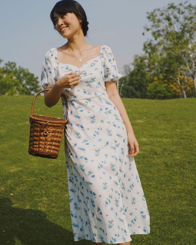 Xuân sang là sao Việt lại đua nhau diện váy hoa, nhìn mê li thế này mà không sắm theo thì rất phí - Ảnh 8.