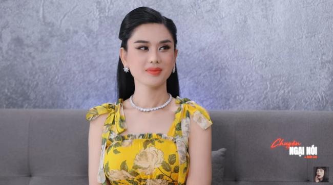 Lâm Khánh Chi lần đầu tiết lộ từng mắc nợ tiền tỷ khi mới quen chồng trẻ, đính chính về tình yêu của người chuyển giới - Ảnh 2.
