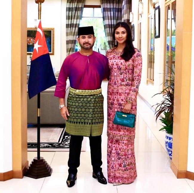 """Thái tử phi """"vạn người mê"""" của Malaysia: Nhan sắc hoàn mỹ khiến ai cũng xao xuyến cùng câu chuyện cổ tích """"yêu em từ cái nhìn đầu tiên"""" - Ảnh 7."""