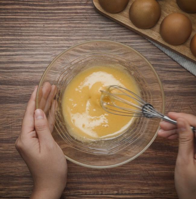 """Mai là ngày vía Thần Tài và đây là cách làm bánh bao đào tiên vừa thơm ngon, vừa """"đẹp xỉu"""" để chị em bày trong mâm cúng lấy lộc! - Ảnh 4."""