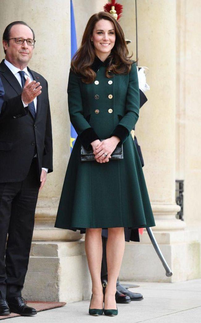 5 món thời trang các Công nương Hoàng gia mặc thì đẹp, chị em diện theo lại trông chẳng sành điệu chút nào - Ảnh 9.
