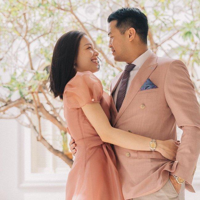 Style của Linh Rin khi sóng đôi với Phillip Nguyễn: Đơn giản mấy cũng cực ra dáng thiếu phu nhân, bảo sao dân tình cứ giục cưới - Ảnh 4.