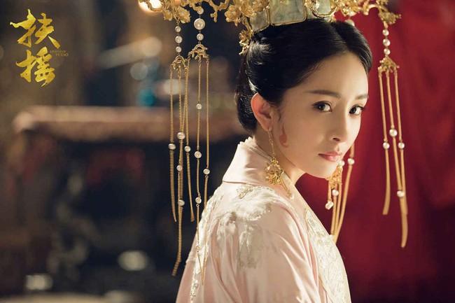 Thanh xuân có bạn 3: Đàn em của Dương Mịch vừa khiến Lisa (BLACKPINK) mê mẩn đã vướng scandal bạo hành  - Ảnh 5.