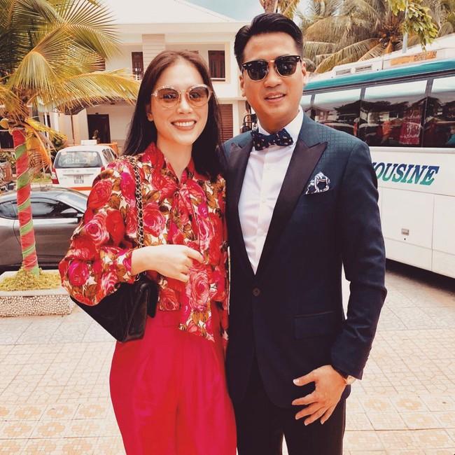 Style của Linh Rin khi sóng đôi với Phillip Nguyễn: Đơn giản mấy cũng cực ra dáng thiếu phu nhân, bảo sao dân tình cứ giục cưới - Ảnh 9.