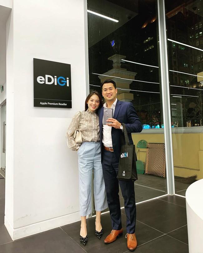 Style của Linh Rin khi sóng đôi với Phillip Nguyễn: Đơn giản mấy cũng cực ra dáng thiếu phu nhân, bảo sao dân tình cứ giục cưới - Ảnh 1.