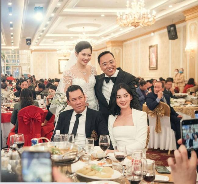 """Lệ Quyên liên tục """"show ân ái"""" với Lâm Bảo Châu, chồng cũ cũng không kém cạnh khi làm điều này với tình trẻ tin đồn kém 27 tuổi - Ảnh 4."""