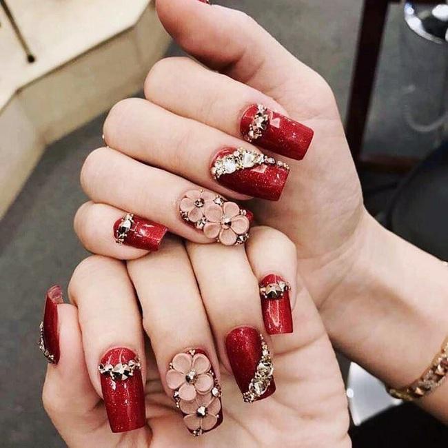 Làm nails để có bộ móng đẹp long lanh, độc đáo: Chị em cẩn thận nguy cơ hít phải loại hóa chất cực độc này - Ảnh 4.