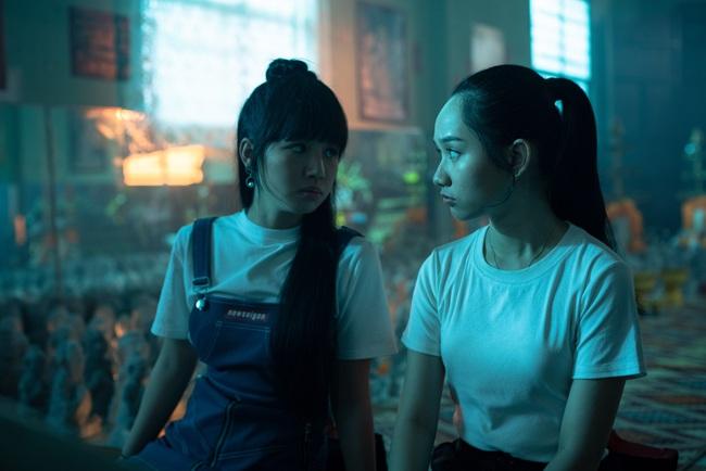Phim bùa ngải của Victor Vũ - Chi Pu công bố lịch chiếu, Trúc Anh gây choáng với cảnh nhận búp bê làm con - Ảnh 2.